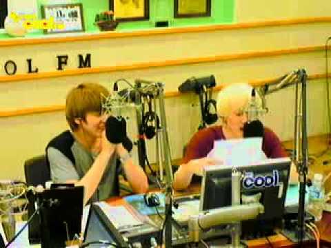 110823 Eunhyuk Kyuhyun Singing 7 Years Of Love