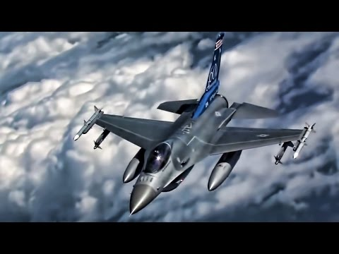 F-16 Fighting Falcons Inflight • 115th Fighter Wing