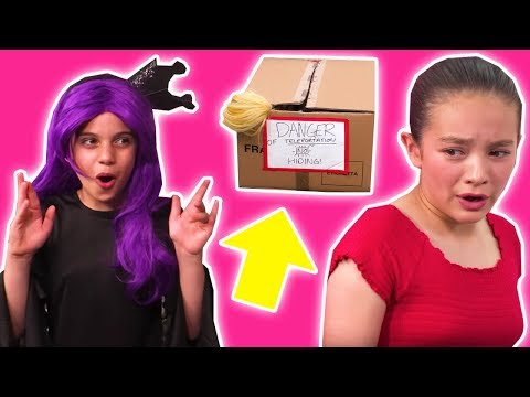 HIDE AND SEEK with TELEPORTATION MAGIC 💫 Where Is Esme?! - Princesses In Real Life | Kiddyzuzaa