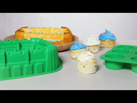 Football Stadium Pan + FREE Cupcake Pan - Nonstick Silicone