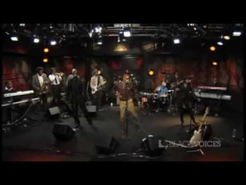 Raphael Saadiq - Love That Girl (Live on AOL)