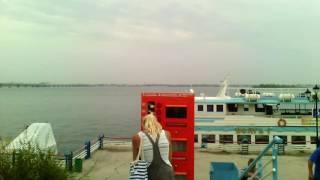 Саратов. Волга, теплоход.