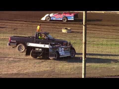 Hummingbird Speedway (7-7-18): BWP Bats Late Model Heat Race #2