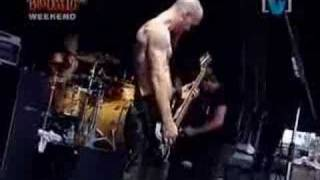Queens of the Stone Age - Song for the Dead {BDO 2003}