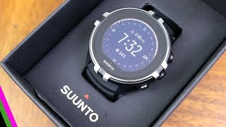 Suunto Spartan Sport Wrist HR Baro - Unboxing, Menu, and size comparison vs fenix 5X