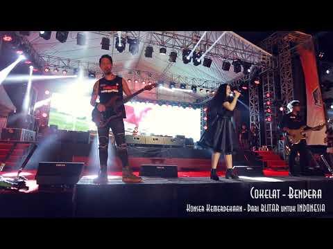 Bendera by Cokelat live from aloon-aloon Kanigoro Blitar