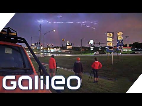 Urlaub mit Tornado Chasern - Die Jagd nach dem perfekten Foto | Galileo | ProSieben