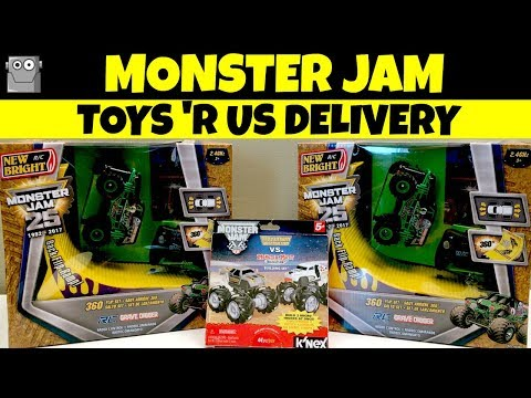 MONSTER JAM Toys 'R Us Delivery Grave Digger Maximum Destruction