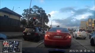 Sydney Road Rage Fight - Canley Vale - Caught on Dash Cam