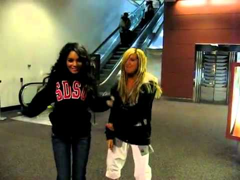 Ashley Tisdale and Vanessa Hudgens singing Wind It Up