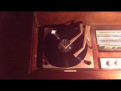 Vintage Vinyl Pink Floyd Dark Side of the Moon Side 1