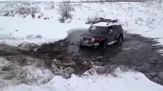 Jeep Wrangler Hummer Toyota FJ Cruiser Mercedes G UAZ 4x4
