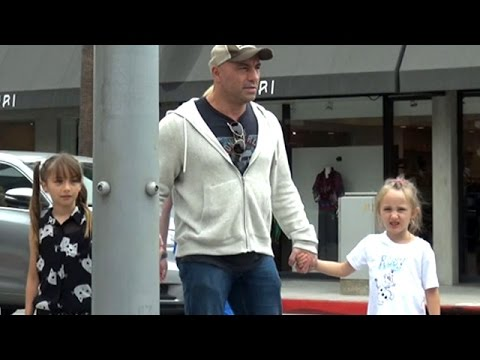 Joe Rogan Hanging Out With His Daughters