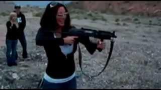Оружие и Женщина. -