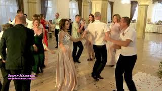 Нині дома сама танці світу на українському весіллі конкурс