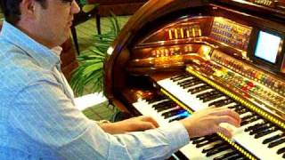 """""""Organ Blossom Special"""" ~ Rex Peterson performs on a Lowrey Organ in Kansas City"""