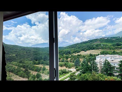 Продается квартира в тихом районе Партенита с видом на горы