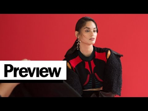 Pia Wurtzbach Shows Off Her Modeling Skills at Her First Preview Cover Shoot