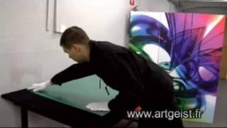La fixation du tableau plexiglas au mur | artgeist.fr