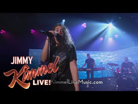 Alessia Cara Performs
