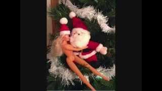 Nudist Elf