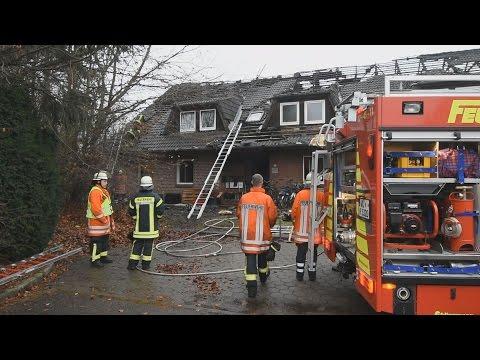 Toter bei Großfeuer in Flüchtlingsunterkunft in Klecken (Kreis Harburg)