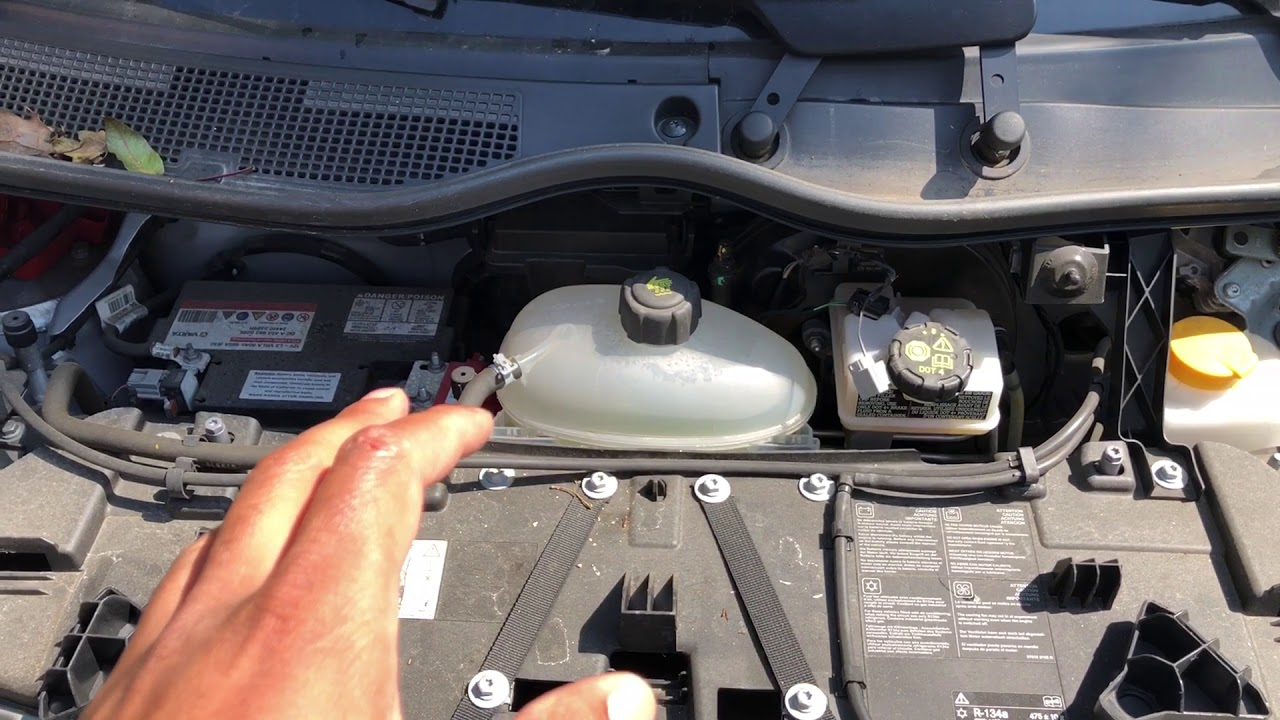 fuse box location smart fortwo [ 1280 x 720 Pixel ]
