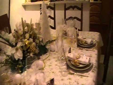 D coration de table no l en blanc et or youtube - Deco table noel argent et blanc ...