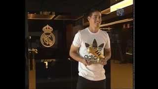 James Rodríguez recibe la Bota de Oro del Mundial