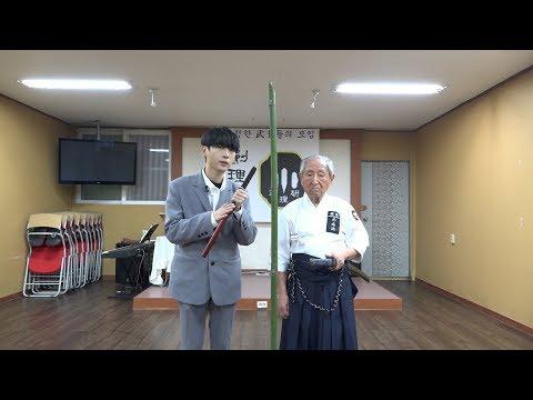 1$ Sword Vs 2000$ Sword
