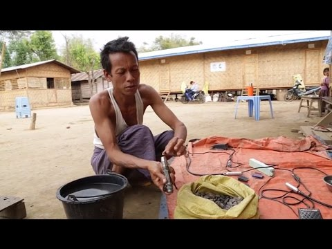 Making a living from amber polishing in Myanmar