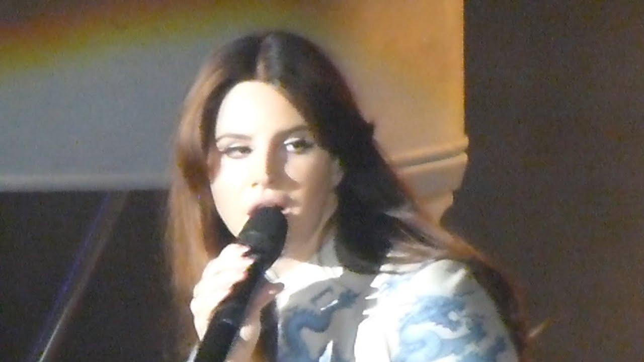 Lana Del Rey Chelsea Hotel . 2 Live Shoreline