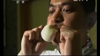 Китайские хенкали внутри кроме мяса крабов, есть  еще и бульон!