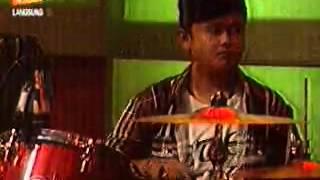Fauzi ID - Si Kecil by. Rita Sugiarto (Guest Star - Stasiun Dangdut JTV Tgl 18-05-2013)