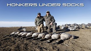 2 Man Honker Hunt Under the S5F (TALL) Canada Socks (How To)
