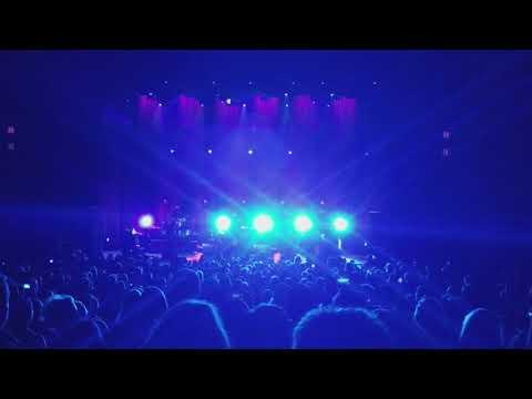 Robert Plant Phoenix 2/26/18 Zeppelin Medley