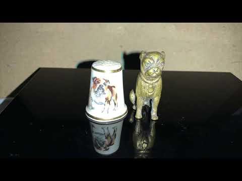 World's smallest bulldogs (figurines )