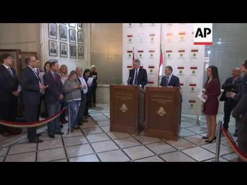 Hammond pledges financial aid to Lebanese army