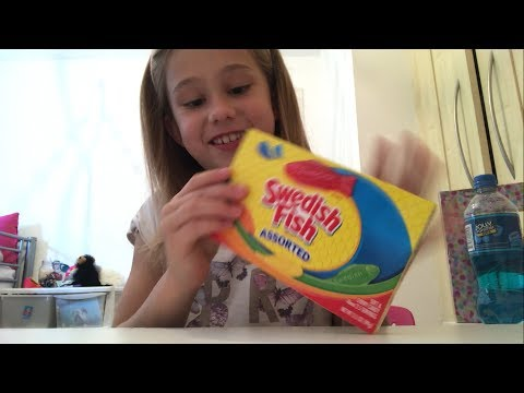 Thumbnail: Trying American Candy & Soda