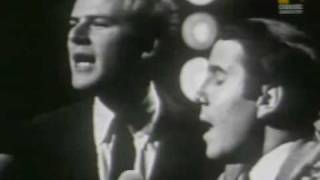 Paul Simon & Art Garfunkel  Homeward Bound (1966)