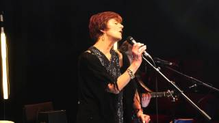 Don't Leave Your Thoughts With Me (live) - Juliet Lawson