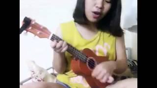 Cho nhau lối đi riêng (crazy ukulele cover) by ngân