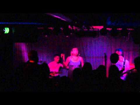 Rich Kids Dress Up - Back of Beyond, Live @ Bunker D in Kiel, 20.4.2015 (first show)