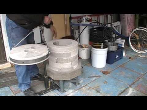 DIY foundry crucible furnace - YouTube