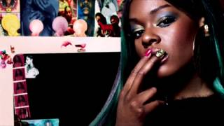 Watch Azealia Banks In The Air video