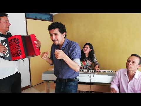 Parranda vallenata Quarto Menor (Acordeón, Piano, Caja y voces)