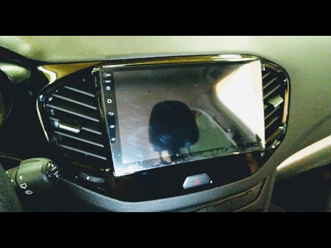 "Установка 9"" Android магнитолы на Lada Vesta SW"