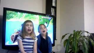 2 little girls singing welsh