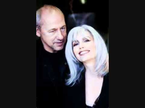 Love And Happiness, Mark Knopfler And Emmy Lou Harris.wmv