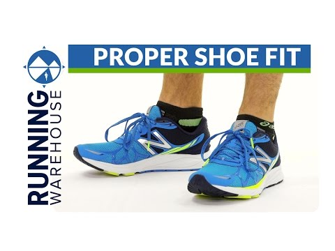2893107dc144 What s my size  How to properly fit running shoes - YouTube